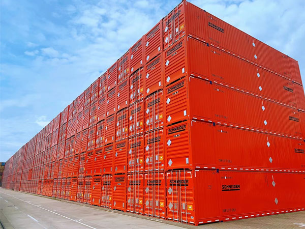 南凯告诉你珠三角出口制造业货主如何选择集装箱拖车运输车队